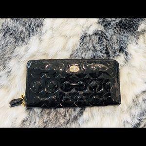 Black Coach Wallet (Authentic)